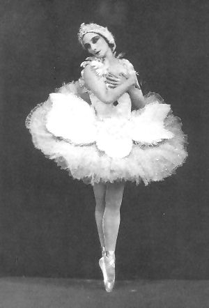 anna pavlova and the dying swan Other articles where the dying swan is discussed: michel fokine:also  composed the brief solo the dying swan for the russian ballerina anna pavlova.